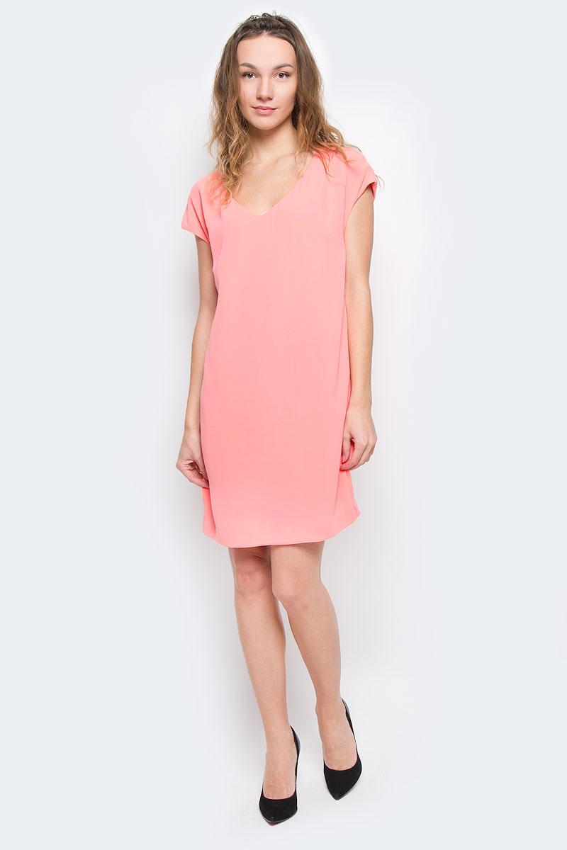 Платье Top Secret, цвет: коралловый. SSU1264RO36. Размер 36 (42)SSU1264ROСтильное платье Top Secret изготовлено из высококачественного полиэстера с подкладкой. Модель свободного кроя с короткими рукавами-кимоно и V-образны вырезом горловины. Лаконичный дизайн и комфортный крой придутся по вкусу современной девушке, предпочитающей удобство и практичность. Такая модель послужит отличным дополнением к вашему гардеробу.
