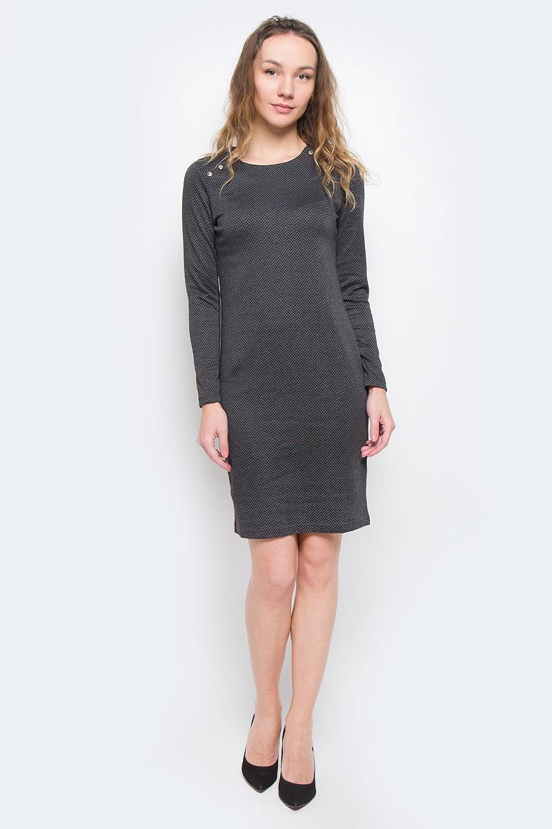 Платье Finn Flare, цвет: темно-серый. W15-11028. Размер S (44)W15-11028Элегантное платье Finn Flare выполнено из эластичного полиэстера. Такое платье обеспечит вам комфорт и удобство при носке.Модель с длинными рукавами и круглым вырезом горловины выгодно подчеркнет все достоинства вашей фигуры благодаря слегка приталенному силуэту. Изделие застегивается на кнопки на плечах. Платье оформлено оригинальным геометрическим принтом. Изысканное платье-миди создаст обворожительный и неповторимый образ.Это модное и удобное платье станет превосходным дополнением к вашему гардеробу, оно подарит вам удобство и поможет вам подчеркнуть свой вкус и неповторимый стиль.