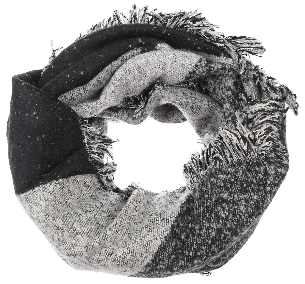 Палантин женский Sophie Ramage, цвет: серый, черный. YY-21662-26. Размер 60 см х 170 смYY-21662-26Элегантный и теплый палантин Sophie Ramage станет достойным завершением вашего образа. Палантин изготовлен из акрила и шерсти. Модель оформлена оригинальным принтом в виде крупных ромбов, а по краям дополнена бахромой. Палантин красиво драпируется, он превосходно дополнит любой наряд и подчеркнет ваш изысканный вкус. Такой палантин привнесет в ваш образ утонченность и шарм.