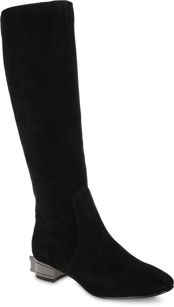 Сапоги женские Paolo Conte, цвет: черный. 91-183-40-5. Размер 3591-183-40-5Стильные женские сапоги от Paolo Conte выполнены из натурального велюра. Подкладка и стелька выполнены из байки. Застегивается модель на боковую застежку-молнию. Эластичные вставки на голенище обеспечивают идеальную посадку модели на ноге. Невысокий каблук оформлен вставкой под металл и украшен крупным искусственным камнем. Подошва и каблук дополнены рифлением.