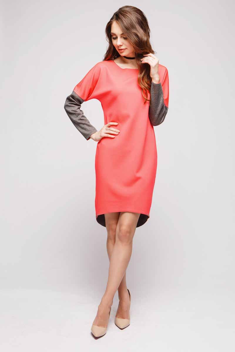 Платье 1001 Dress, двухстороннее, цвет: коралловый, серый. DM00480. Размер XL (48)DM00480Платью от 1001 Dress обязательно найдется место в гардеробе стильных женщин, которые ценят в одежде сочетание красоты и удобства. Длинные рукава, удлиненная сзади юбка, свободный силуэт. И, наконец, главная особенность платья - носить его можно на обе стороны. Хотите - носите серой стороной, хотите - коралловой. Решать только вам.