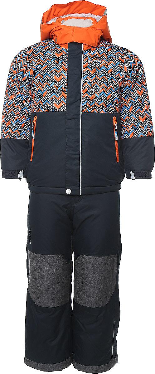 Комплект для мальчика Icepeak Jake Kd: куртка, полукомбинезон, цвет: темно-синий, оранжевый. 652103503IV. Размер 98652103503IV_947Комплект для мальчика Icepeak Jake Kd, состоящий из куртки и полукомбинезона, выполнен из 100% полиэстера. Материал изготовлен при помощи технологии Icemax, которая обеспечит вашему ребенку надежную защиту от ветра и влаги. Все швы куртки и брюк проклеены, для обеспечения дополнительной защиты от непогоды. В качестве подкладки также используется полиэстер. Утеплителем служит материал FinnWad, который обладает высокими теплоизоляционными свойствами. Куртка с воротником-стойкой и съемным капюшоном застегивается на застежку-молнию с защитой для подбородка и ветрозащитной планкой на липучках и кнопках. Капюшон пристегивается к изделию за счет кнопок. Низ изделия дополнен эластичными вставками, а низ рукавов - хлястиками на липучках. Спереди расположены два прорезных кармана на застежках-молниях. Куртка оформлена оригинальным рисунком. Полукомбинезон застегивается на пуговицу и имеет ширинку на застежке-молнии. Модель оснащена эластичными наплечными лямками, регулируемыми по длине. Пояс, имеющий по бокам эластичные вставки, оснащен шлевками для ремня. Низ брючин дополнен внутренними манжетами на резинках. Комплект оснащен специальными деталями Childrens Safety для дополнительной безопасности ребенка во время занятий спортом и активного отдыха на улице.