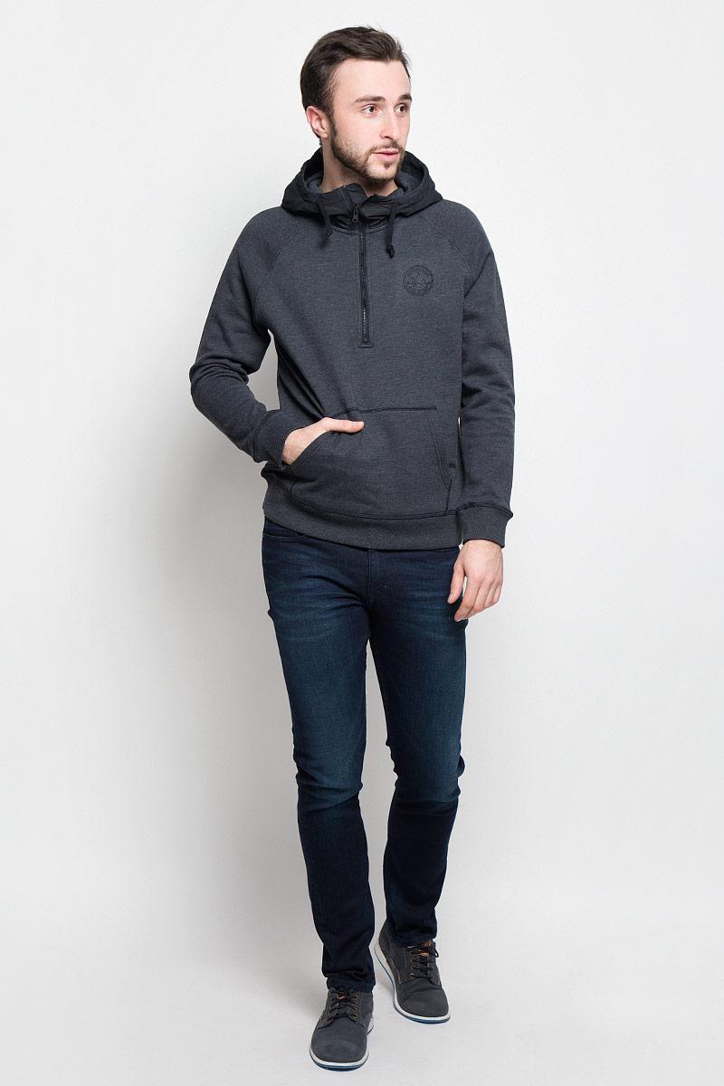 Толстовка мужская Converse Woven Detail 1/2 Zip, цвет: темно-серый. 10001158001. Размер XL (52)10001158001Стильная и уютная мужская толстовка Converse Woven Detail 1/2 Zip изготовлена из хлопка и полиэстера. Модель с капюшоном и длинными рукавами-реглан не сковывает движений и обеспечивает наибольший комфорт. Капюшон выполнен из 100% полиэстера с подкладкой из хлопка и полиэстера. Объем капюшона регулируется при помощи шнурка-кулиски. Толстовка сверху застегивается на молнию. Манжеты рукавов и низ модели дополнены эластичными резинками. Спереди толстовка имеет накладной карман-кенгуру. Оформлено изделие логотипом производителя.