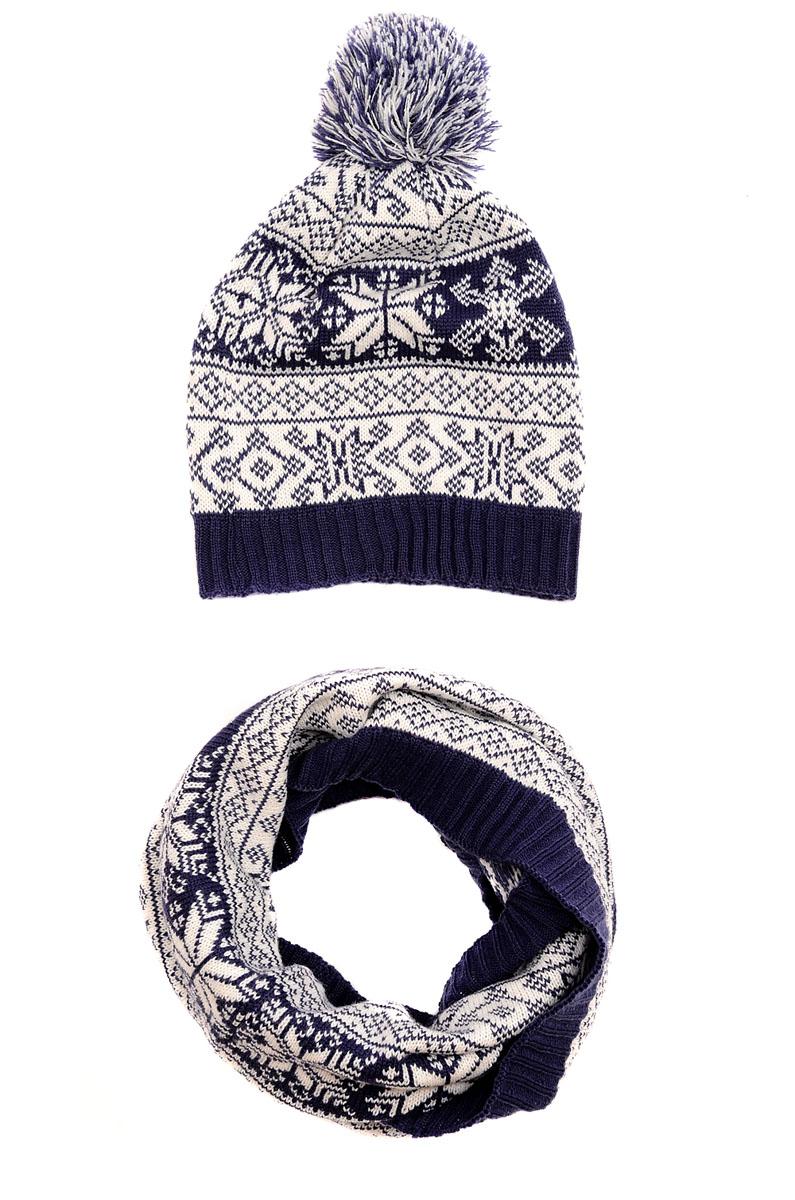Комплект женский Moltini: шапка, снуд-хомут, цвет: темно-синий, белый. 161G-1604. Размер 57/59161G-1604Стильный женский комплект аксессуаров Moltini дополнит ваш наряд и не позволит вам замерзнуть в холодное время года. В комплект входят уютная шапка и снуд-хомут, выполненные из высококачественной комбинированной пряжи из акрила и шерсти.Шапка по низу выполнена на вязанной резинке, а макушка дополнена большим стильным помпоном. Широкийснуд мелкой вязки надежно защитит ваши плечи и шею от ветра и холода.Оформлен комплект оригинальным узором.