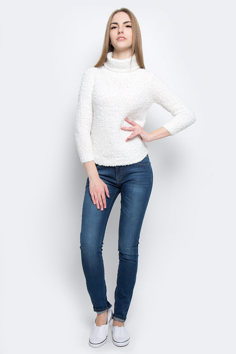 Свитер женский Broadway Skyla, цвет: молочный. 10156631_035. Размер XS (42)10156631_035Модный женский свитер Broadway Skyla, изготовленный из высококачественного полиэстера, мягкий и приятный на ощупь, не сковывает движений и обеспечивает комфорт.Модель с воротником-гольф и длинными стандартными рукавами оформлена оригинальной вязкой.
