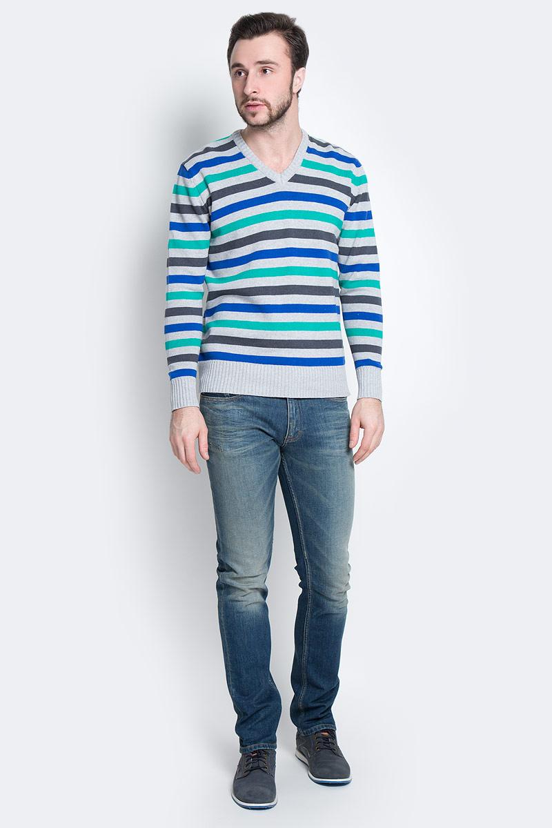 Пуловер мужской D&H Basic, цвет: серый, синий, зеленый. А600090417. Размер L (52)А600090417Мужской пуловер D&H Basic изготовлен из натуральной хлопковой пряжи. Модель с V-образным вырезом горловины и длинными рукавами оформлена полосками. Манжеты и низ изделия связаны резинкой.