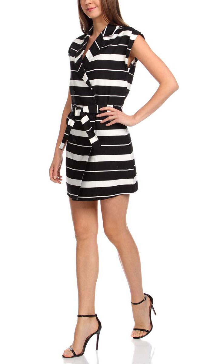 Платье oodji Ultra, цвет: черный, белый. 11905030/45417/2912S. Размер 38-170 (44-170)11905030/45417/2912SСтильное платье oodji Ultra изготовлено из качественного комбинированного материала. Модель с воротником с лацканами и короткими цельнокроеными рукавами застегивается на пуговицы по всей длине. В поясе платье дополнено контрастным пояском. Оформлено изделие принтом в широкую полоску.