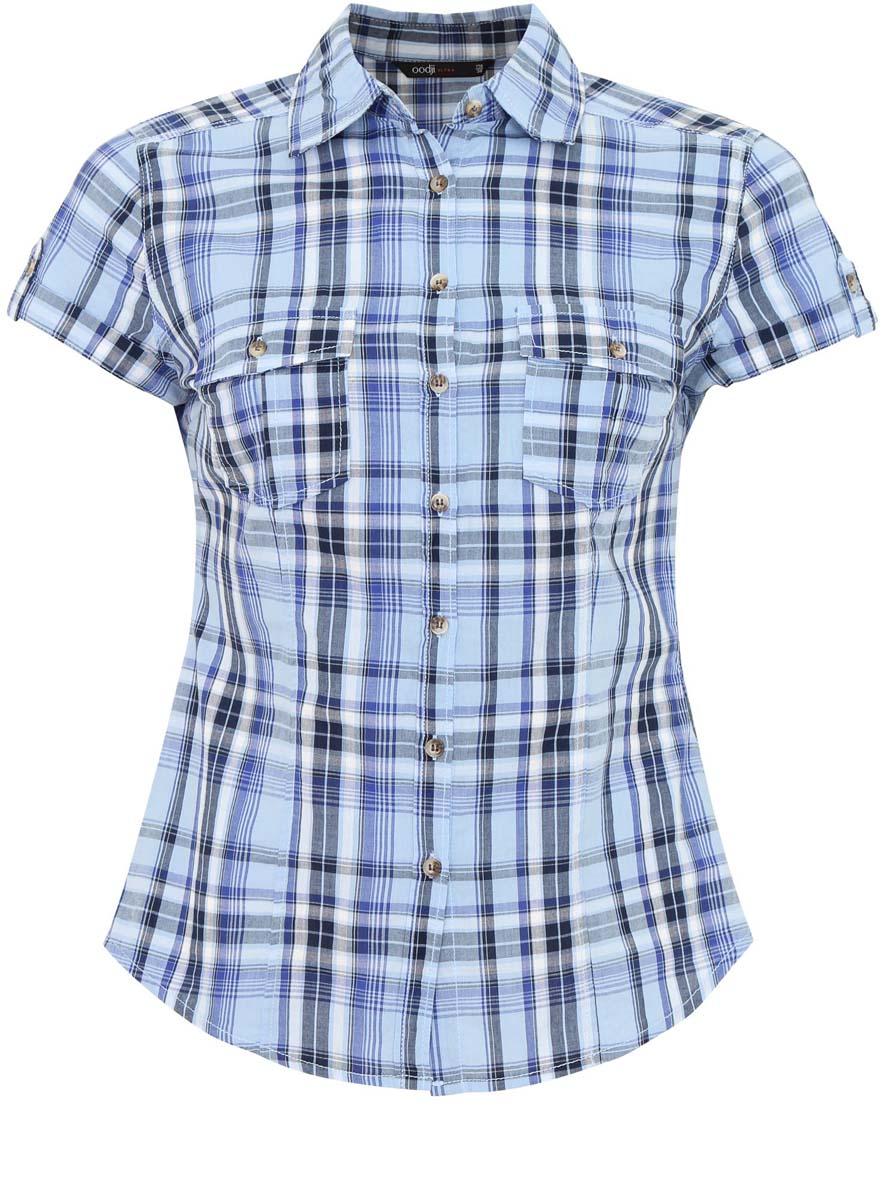 Блузка женская oodji Ultra, цвет: голубой, синий, серый. 11402084-4/35293/7075C. Размер 34-170 (40-170)11402084-4/35293/7075CЖенская блузка oodji Ultra выполнена из натурального хлопка. Модель с короткими рукавами и отложным воротничком полностью застегивается на пуговицы. Лицевая сторона оформлена двумя накладными карманами под клапанами на пуговицах. Низ изделия слегка закруглен.
