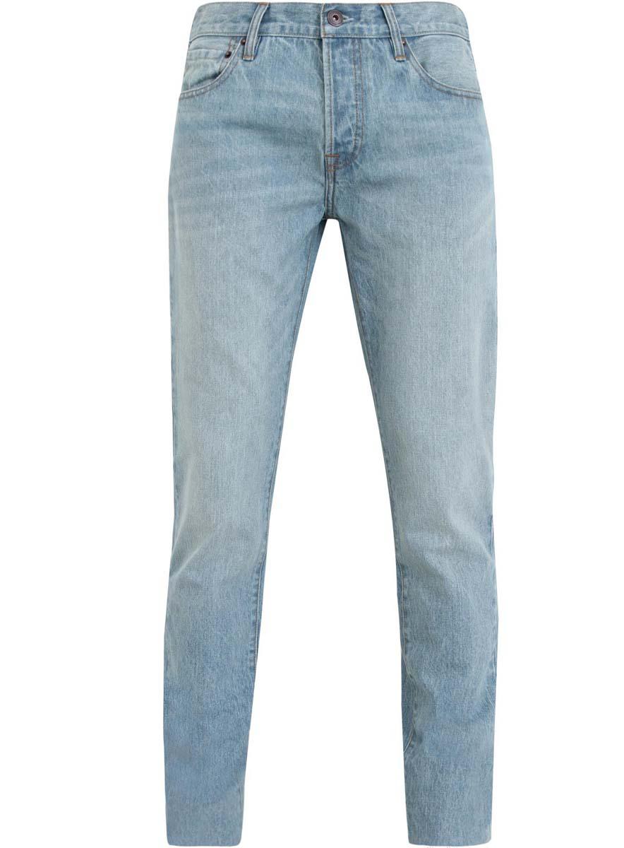 Джинсы мужские oodji, цвет: голубой джинс. 6B130019M/44206N/7000W. Размер 28-34 (44-34)6B130019M/44206N/7000WМодные мужские джинсы oodji выполнены из высококачественного 100% хлопка, что обеспечивает комфорт и удобство во время носки. Джинсы прямой модели имеют стандартную посадку. Застегиваются на пуговицу в поясе и ширинку с тремя пуговицами. Имеются шлевки для ремня. Спереди расположены два прорезных кармана и один небольшой накладной карман, а сзади - два накладных кармана.