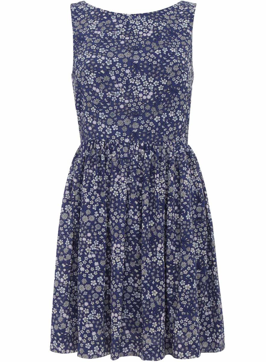 Платье oodji Ultra, цвет: темно-синий, голубой. 11900181/35271/7970F. Размер 42-164 (48-164)11900181/35271/7970FСтильное платье oodji Ultra полностью выполнено из полиэстера. Модель с круглым вырезом горловины и без рукавов застегивается на спинке на застежку-молнию и кнопку. На спинке имеется вырез с небольшим бантом. Платье оформлено цветочным принтом.
