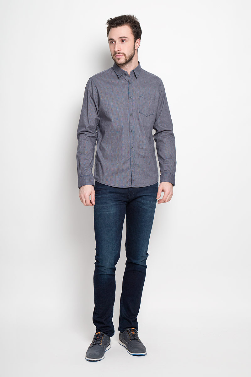 Рубашка мужская Tom Tailor, цвет: бежевый, синий. 2032640.00.10_8281. Размер L (50)2032640.00.10_8281Стильная мужская рубашка Tom Tailor выполнена из натурального хлопка. Модель с отложным воротником и длинными рукавами застегивается на пуговицы спереди и оснащена нагрудным карманом. Манжеты рукавов дополнены застежками-пуговицами.
