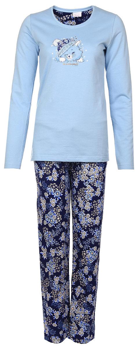 Костюм домашний женский Vienettas Secret Мишка с чайником: лонгслив, брюки, цвет: светло-голубой, темно-синий. 604067 9094. Размер S (44)604067 9094Женский домашний костюм Vienettas Secret состоит из лонгслива и брюк.Лонгслив с круглым вырезом горловины и длинными рукавами, изготовленный из эластичного хлопка, оформлен спереди стильным принтом с изображением мишки и надписями.Брюки из натурального хлопка с эластичным поясом на шнурке оформлены оригинальным цветочным принтом.