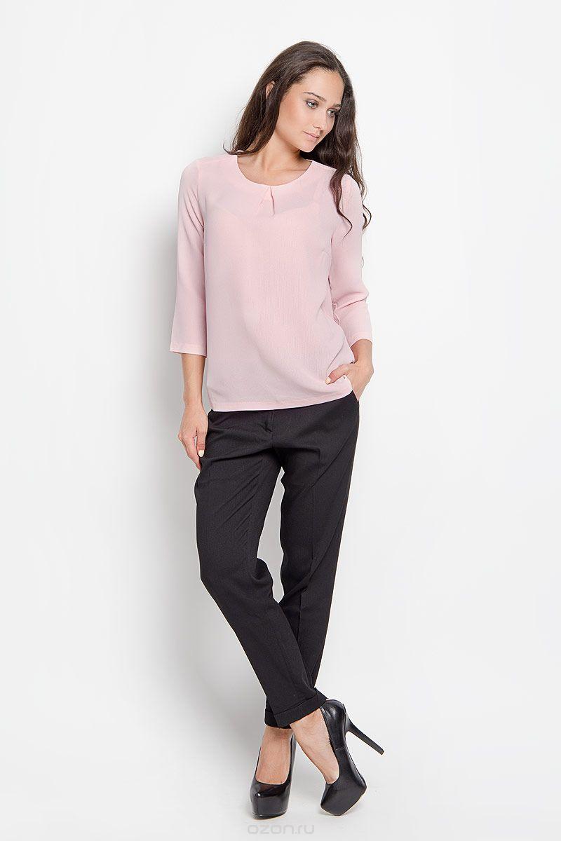 Блузка женская Sela Casual, цвет: бежево-розовый. Tw-112/1112-6310. Размер 44Tw-112/1112-6310Однотонная блузка Sela прямого кроя с рукавом 3/4 отлично сочетается с брюками и джинсами. В ней вы всегда будете на высоте и сможете чувствовать себя уверенно. Сзади изделие застегивается на пуговичку.