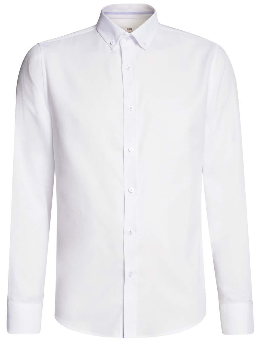 Рубашка мужcкая oodji Basic, цвет: белый. 3B110015M/46246N/1070B. Размер 41-182 (50-182)3B110015M/46246N/1070BПриталенная мужская рубашка oodji Basic, изготовленная из хлопкас добавлением полиэстера, оформлена геометрическим принтом. У модели отложной воротник, длинные стандартные рукава с манжетами дополнены пуговицами. Подол полукруглый. Спереди изделие застегивается на планку с пуговицами.
