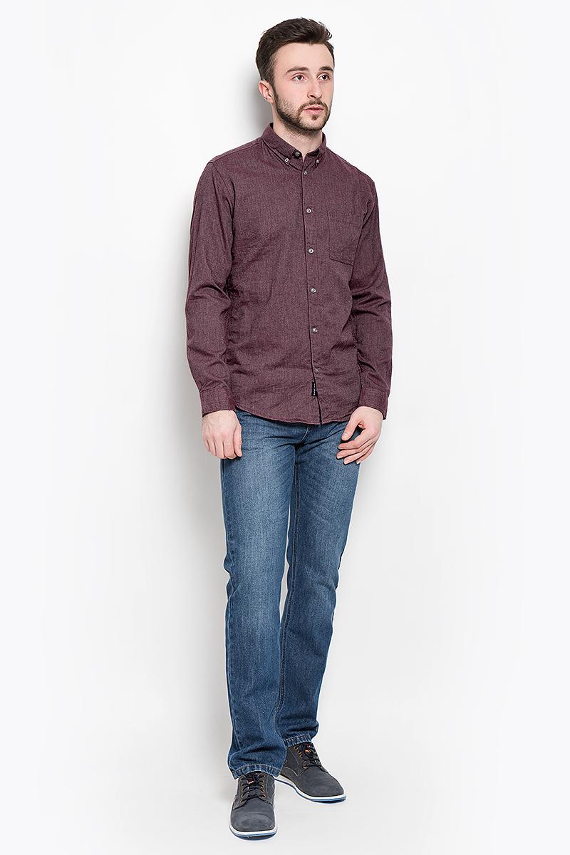 Рубашка мужская Selected Homme, цвет: бордовый. 16053320. Размер S (44)16053320_Port RoyaleМужская рубашка Selected Homme выполнена из натурального хлопка. Рубашкас длинными рукавами и отложным воротником застегивается на пуговицы спереди. Манжеты рукавов также застегиваются на пуговицы. Рубашка оформлена в лаконичном дизайне и дополнена нагрудным накладным карманом.