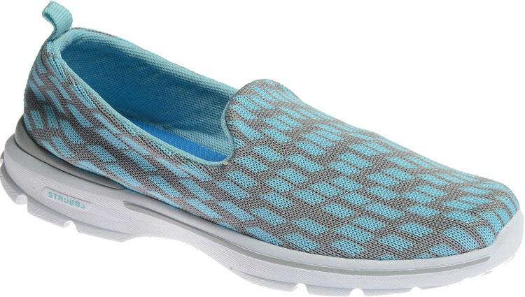 Слипоны женские Strobbs, цвет: голубой. F6481-5. Размер 38F6481-5Стильные мужские слипоны Strobbs, выполненные из текстиля, отлично подойдут для повседневной носки и активного отдыха. Внутренняя текстильная поверхность обеспечит комфорт ногам. Удобная износостойкая подошва дополнена рифлением.