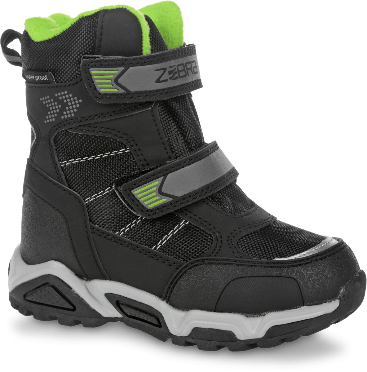 Полусапоги для мальчика Зебра, цвет: черный. 11017-1. Размер 3011017-1Полусапоги от Зебра выполнены из искусственной кожи и текстиля. Застежки-липучки надежно фиксируют изделие на ноге. Мягкая подкладка и стелька из шерсти обеспечивают тепло, циркуляцию воздуха и сохраняют комфортный микроклимат в обуви.