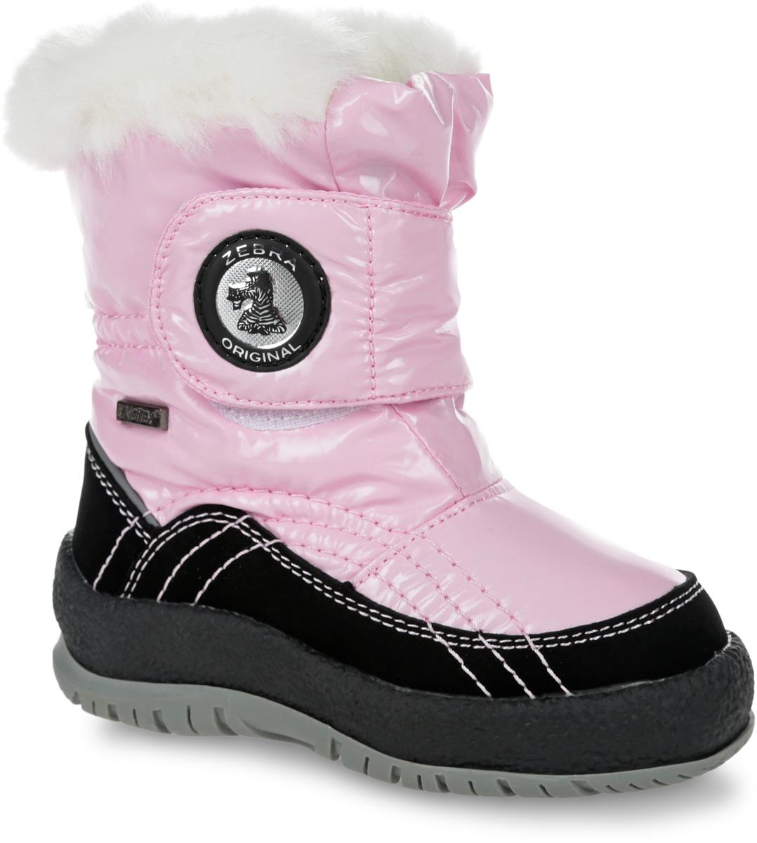 Полусапоги для девочки Зебра, цвет: розовый. 11014-9. Размер 2511014-9Полусапоги от Зебра выполнены из прочного текстиля со вставками из полиуретана. Широкий хлястик на застежке-липучке надежно фиксирует модель на ноге. Подкладка и стелька из шерсти согреют ножки вашей малышки в холод. Подошва с рифлением обеспечивает идеальное сцепление с любыми поверхностями.