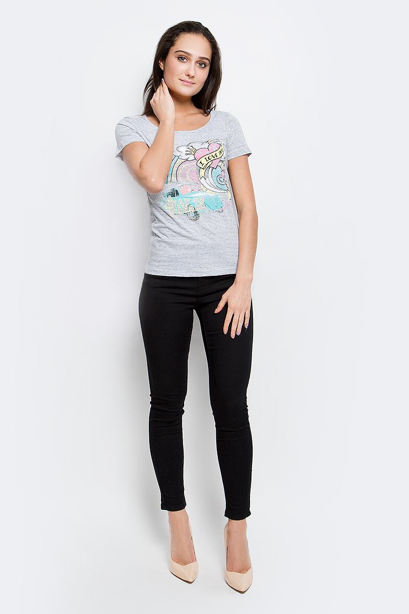 Футболка женская Finn Flare, цвет: светло-серый. B17-12061_210. Размер M (46)B17-12061_210Женская футболка Finn Flare выполнена из натурального хлопка. Изделие с круглым вырезом горловины и короткими рукавами оформлена ярким интересным принтом.