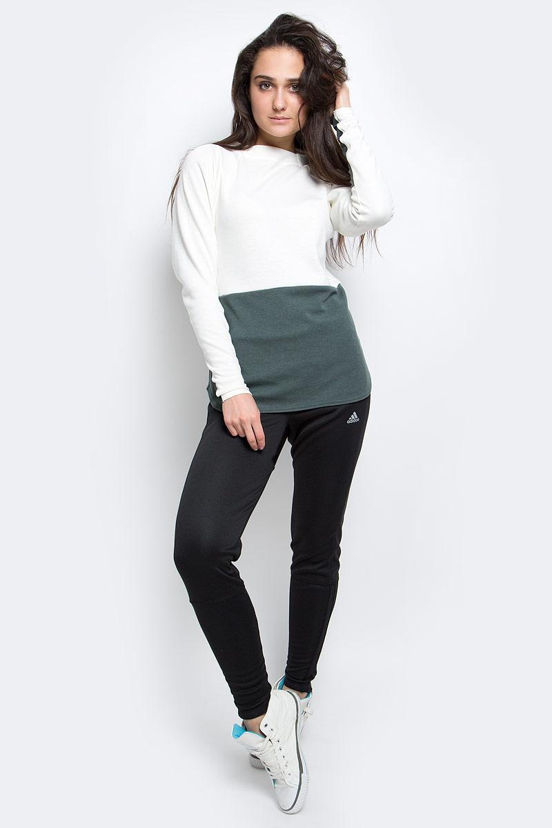Толстовка женская adidas W Climbtc Sweat, цвет: бежевый, серый. AP8771. Размер 42 (48)AP8771Функциональная женская толстовка с удлиненным силуэтом. Выполнена из трикотажа с добавлением шерсти и дополнен эластичными вставками, которые обеспечивают свободу движений и необходимую поддержку во время сложных восхождений и спусков. Боковые карманы на молниях для хранения полезных мелочей. Закругленный нижний край с разрезами по бокам, слегка удлиненная спинка.