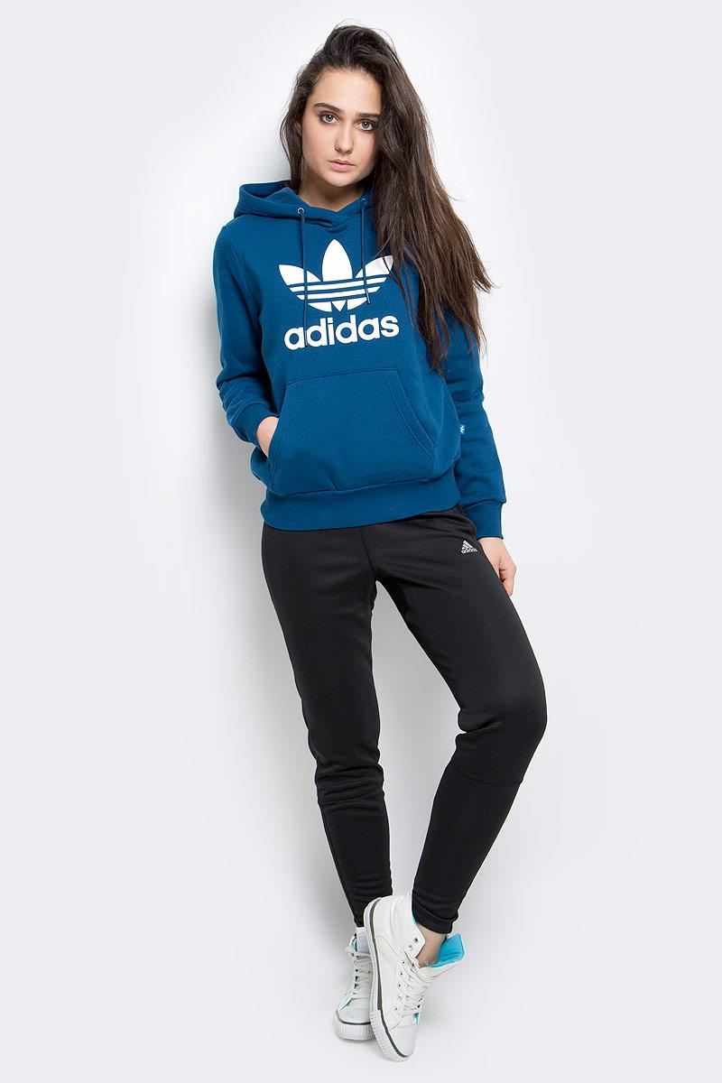 Брюки для бега женские adidas Rs Wr Ast Pt W, цвет: черный. AX6603. Размер L (48/50)AX6603Брюки поддержат сухость и комфортную температуру даже при самых интенсивных тренировках. Модель выполнена из высококачественного материала.