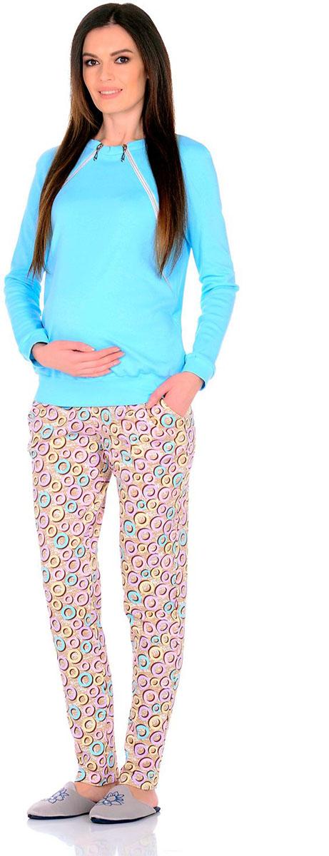 Костюм для беременных и кормящих: свитшот, брюки Nuova Vita Romantico, цвет: голубой, бежевый, кремовый. 407 M.. Размер 42407 M.Костюм Nuova Vita для беременных и кормящих состоит из свитшота и брюк. Стильный теплый свитшот - актуальная модель, подходящая для ношения во время беременности и в период грудного вскармливания. Прекрасно скрывает особенности фигуры после родов. Брюки можно носить как во время беременности, так и до и после нее. Универсальный костюм, со стороны он совершенно не кажется специальной одеждой для будущих и кормящих мам, и вы сможете носить его и после окончания грудного вскармливания.