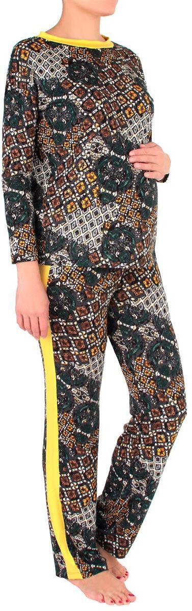 Костюм домашний для беременных Mammy Size: лонгслив, брюки, цвет: темно-серый, желтый. 1168692176. Размер 501168692176Удобный и красивый домашний костюм для беременных Mammy Size, изготовленный из вискозы и эластана, состоит из лонгслива и брюк. Лонгслив с длинными рукавами и круглым вырезом горловины. Универсальность этого комплекта заключается в том, что его можно носить как во время беременности, так и после рождения ребенка. Резинка на брюках устроена так, что во время беременности она находится под животом.