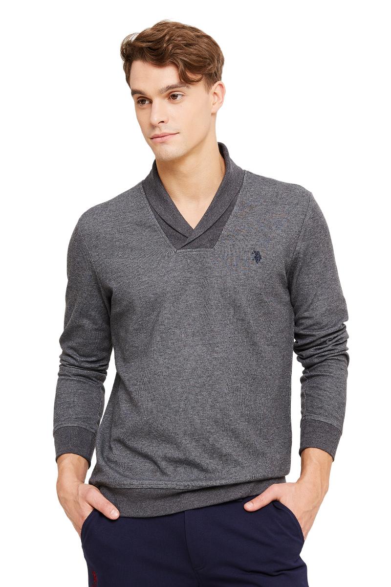 Свитшот мужской U.S. Polo Assn., цвет: серый. G081GL0820RON_XX7519. Размер XL (54)G081GL0820RON_XX7519Стильный свитшот с длинными рукавами и v-образным вырезом горловины выполнен из высококачественного материала.