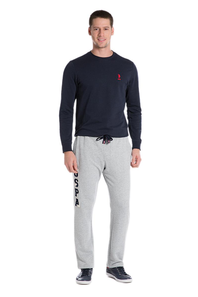 Брюки спортивные мужские U.S. Polo Assn., цвет: серый. G081SZ0OP0NARI_XX7518. Размер L (52)G081SZ0OP0NARI_XX7518Спортивные брюки выполнены из высококачественного трикотажа. На талии модель дополнена затягивающимся шнурком, сзади имеется прорезной кармашек.