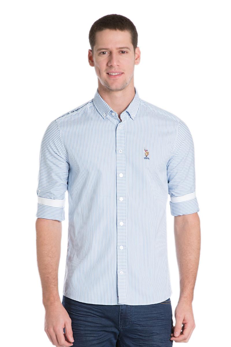 Рубашка мужская U.S. Polo Assn., цвет: голубой, белый. G081SZ004AVILSWINMEN16K_VR036. Размер M (50)G081SZ004AVILSWINMEN16K_VR036Стильная мужская рубашка с длинными рукавами и отложным классическим воротником выполнена из натурального хлопка. Модель застегивается на пуговицы.