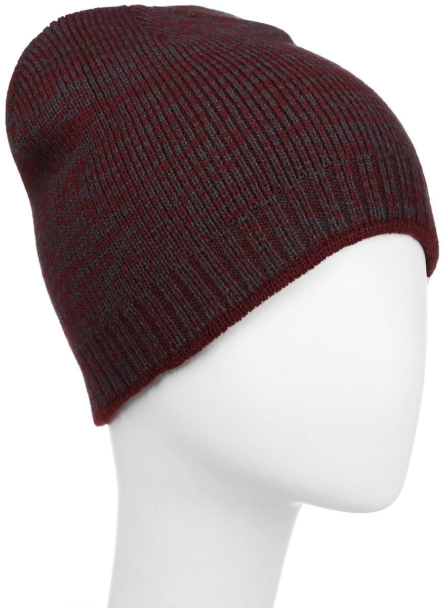 Шапка Converse Twisted Knit Beanie, цвет: бордовый, темно-серый. 527444. Размер универсальный527444Стильная вязаная шапка Converse Twisted Knit Beanie дополнит ваш наряд и не позволит вам замерзнуть в прохладное время года. Шапка выполнена из высококачественного акрила. Модель понизу связана резинкой. Спереди шапка оформлена фирменной нашивкой.