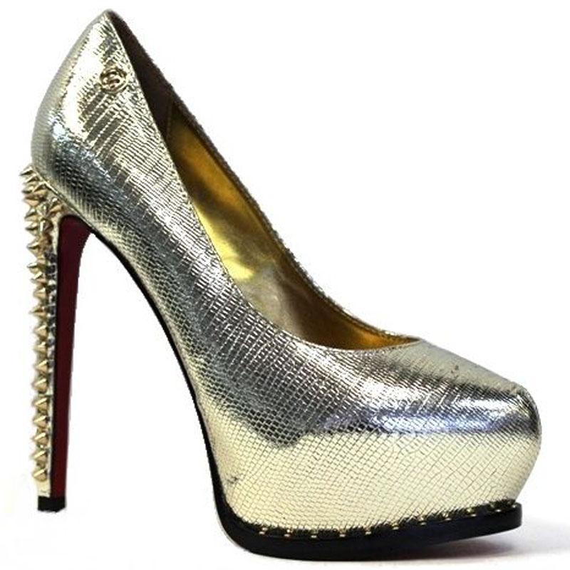 Туфли женские Medea, цвет: золотой. M64-97 QSP. Размер 37M64-97 QSPМодные туфли Medea прекрасно подчеркнут ваш стиль. Модель изготовлена из блестящей натуральной кожи. Стельки из натуральной кожи гарантируют комфорт и удобство при ходьбе. Подошва выполнена с высоким каблуком, дополненным декоративными шипами.
