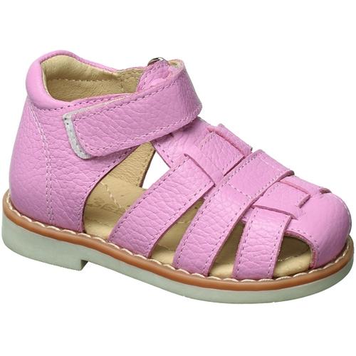 Сандалии для девочки Зебра, цвет: розовый. 10462-9. Размер 2310462-9Сандалии от Зебра выполнены из натуральной кожи. Внутренняя поверхность и стелька из натуральной кожи комфортны при ходьбе. Стелька дополнена супинатором, который обеспечивает правильное положение ноги ребенка при ходьбе и предотвращает плоскостопие. Ремешок с застежкой-липучкой позволяет прочно зафиксировать ножку ребенка. Ортопедический каблук Томаса укрепляет подошву под средней частью стопы и препятствует ее заваливанию внутрь.