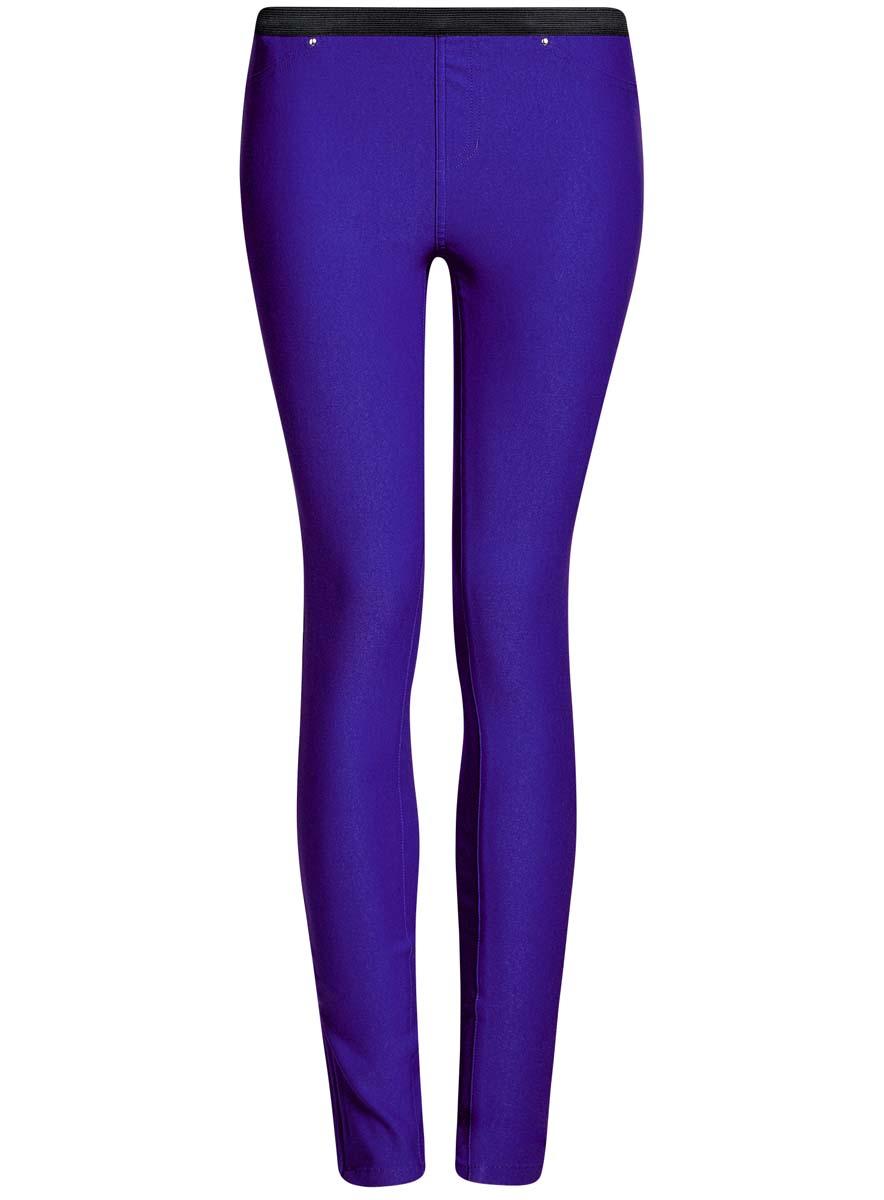 Брюки женские oodji Ultra, цвет: синий. 11713071B/31266/7501N. Размер 38-170 (44-170)11713071B/31266/7501NЖенские брюки oodji Ultra выполнены из высококачественного материала. Зауженная модель стандартной посадки. Пояс оформлен эластичной резинкой. Сзади брюки дополнены двумя накладными карманами.