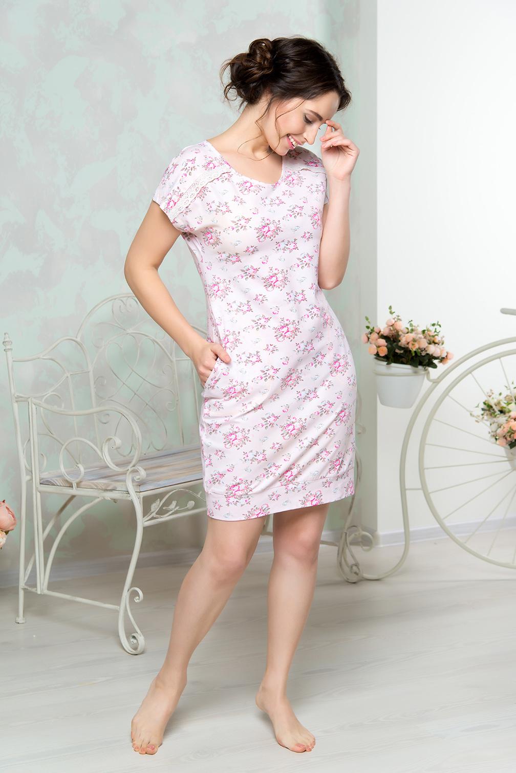 Платье домашнее Mia Cara, цвет: розовый. AW16-MCUZ-849. Размер 54/56AW16-MCUZ-849Платье домашнее Mia Cara изготовлено из высококачественного хлопка с добавлением эластана. Модель длины миди выполнена с короткими рукавами. По бокам изделие дополнено двумя карманами.