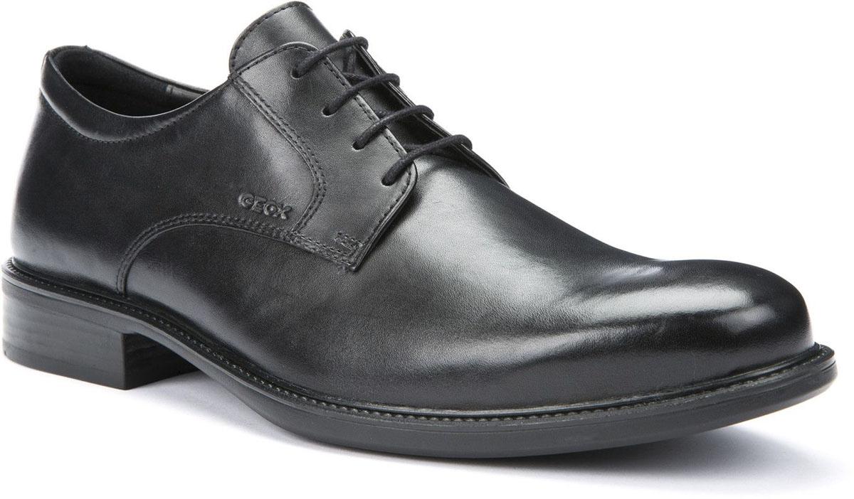 Туфли мужские Geox, цвет: черный. U52W1D00043C9999. Размер 40U52W1D00043C9999Элегантные мужские туфли Geox отлично дополнят ваш деловой образ.Модель выполнена из высококачественной натуральной кожи. Умеренной высоты каблук и подошва с рифлением обеспечивают отличное сцепление с поверхностью.Стильные туфли займут достойное место среди вашей коллекции обуви.