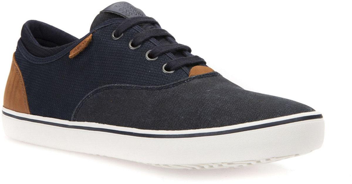 Кроссовки мужские Geox, цвет: темно-синий. U62X2B022NBC4002. Размер 41U62X2B022NBC4002Модные мужские кроссовки Geox покорят вас своим удобством. Модель выполнена из замши и текстиля. Шнуровка надежно фиксирует модель на ноге. Стильные кроссовки прекрасно впишутся в ваш гардероб.