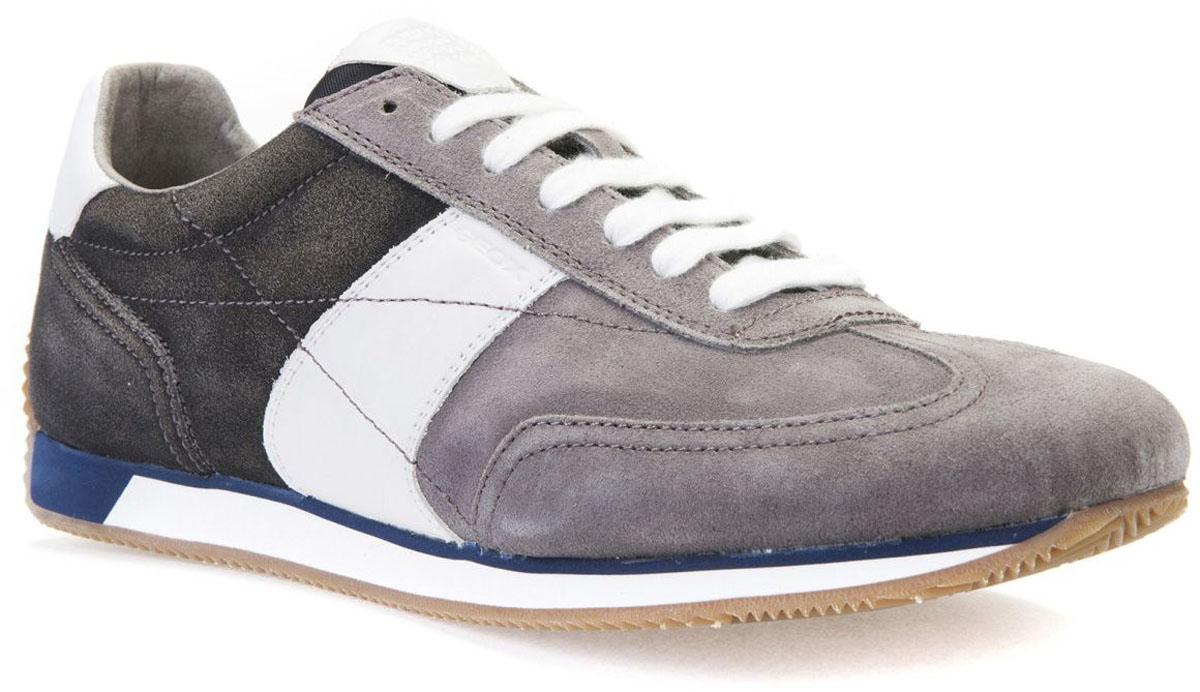 Кроссовки мужские Geox, цвет: антрацитовый, темно-серый. U722LA00022C0268. Размер 41U722LA00022C0268Модные мужские кроссовки Geox покорят вас своим удобством. Модель выполнена из замши. Шнуровка надежно фиксирует модель на ноге. Стильные кроссовки прекрасно впишутся в ваш гардероб.
