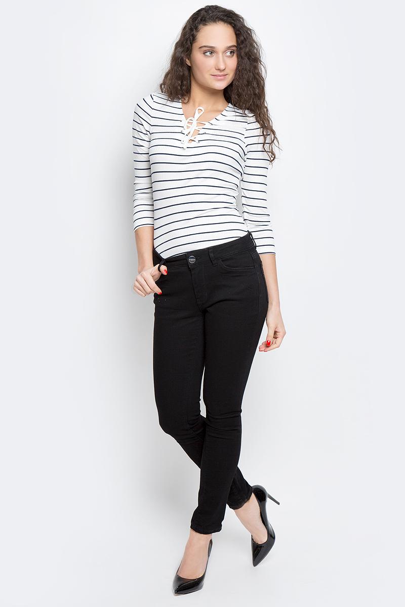 Джинсы женские Tom Tailor Contemporary, цвет: черный. 6205676.00.75_1056. Размер 26 (42)6205676.00.75_1056Стильные женские джинсы Tom Tailor Contemporary выполнены из хлопка с добавлением полиэстера, вискозы и эластана. Джинсы застегиваются на пуговицу в поясе и ширинку на застежке-молнии, имеют шлевки для ремня. Джинсы имеют классический пятикарманный крой: спереди модель оформлена двумя втачными карманами и одним маленьким накладным кармашком, а сзади - двумя накладными карманами.