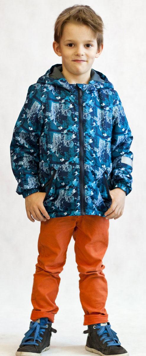 Куртка для мальчика Jicco Илар, цвет: синий, голубой. 2К1719. Размер 128, 8 лет2К1719Легкая и удобная весенняя куртка Илар от Jicco By Oldos отлично подойдет для прохладной весенней погоды. Модель выполнена из полиэстера со специальным водоотталкивающим покрытием, застегивается на молнию. Благодаря утеплителю Hollofan плотностью 100 г/м2 куртку можно носить при температуре +10…-5°С. Она прекрасно защитит от ветра и весеннего дождика. Куртка имеет все самое необходимое для комфортной носки. Внутренняя ветрозащитная планка по всей длине молнии с защитой подбородка от прищемления. Низ куртки регулируется по ширине. Капюшон несъемный, для лучшего прилегания по краям вшита резинка. Манжеты присобраны на резинку. Есть светоотражающие элементы и карманы на молнии.