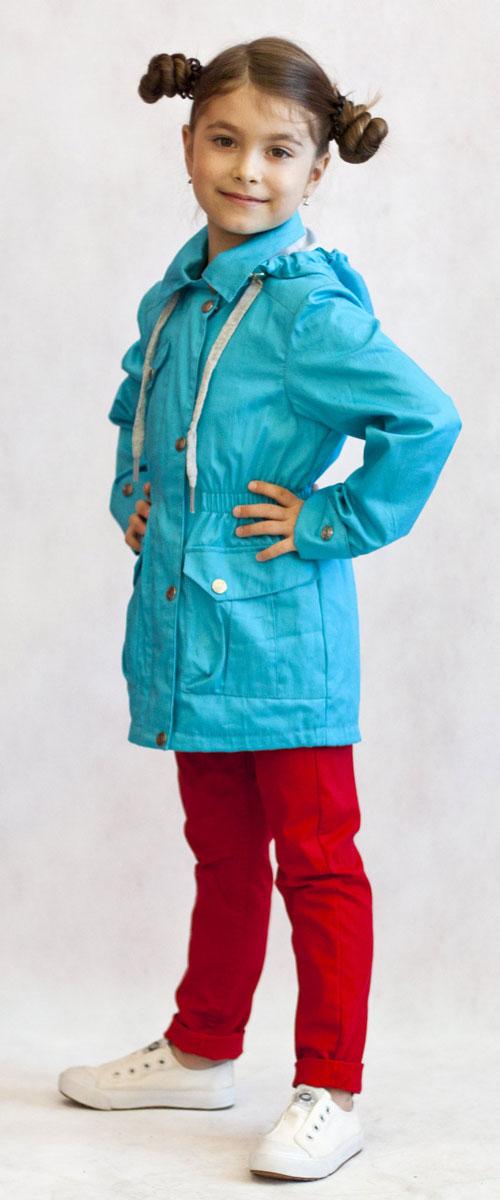 Ветровка для девочки OLDOS Лючия, цвет: бирюзовый. 3К1702-1. Размер 110, 5 лет3К1702Яркая и легкая ветровка от Oldos украсит гардероб юной модницы и пригодится в прохладный солнечный весенний денек. Внешняя ткань из хлопка с водоотталкивающей пропиткой дышит и защищает от ветра. Принтованная подкладка из бязи приятна на ощупь. Модель имеет застежку-молнию, ветрозащитная планка застегивается на кнопки. Отложной воротник оснащен несъемным капюшоном. Объем капюшона можно легко отрегулировать при необходимости. Талия подчеркнута внутренней резинкой, низ куртки затягивается при помощи шнурка. С лицевой стороны имеются вместительные накладные карманы с клапаном на кнопке. Рукава прямые с декоративным отворотом. Модель оснащена светоотражающими элементами для безопасной прогулки в темное время суток. Ветровка подойдет на температуру от +10°С до +20°С.