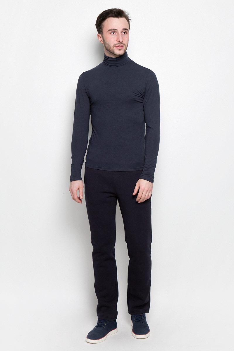 Водолазка мужская Rocawear, цвет: темный серо-синий. R0416S41. Размер L (50)R0416S41Мужская водолазка Rocawear с длинными рукавами и воротником-гольф выполнена из эластичного хлопка. Изделие великолепно тянется и превосходно садится по фигуре.