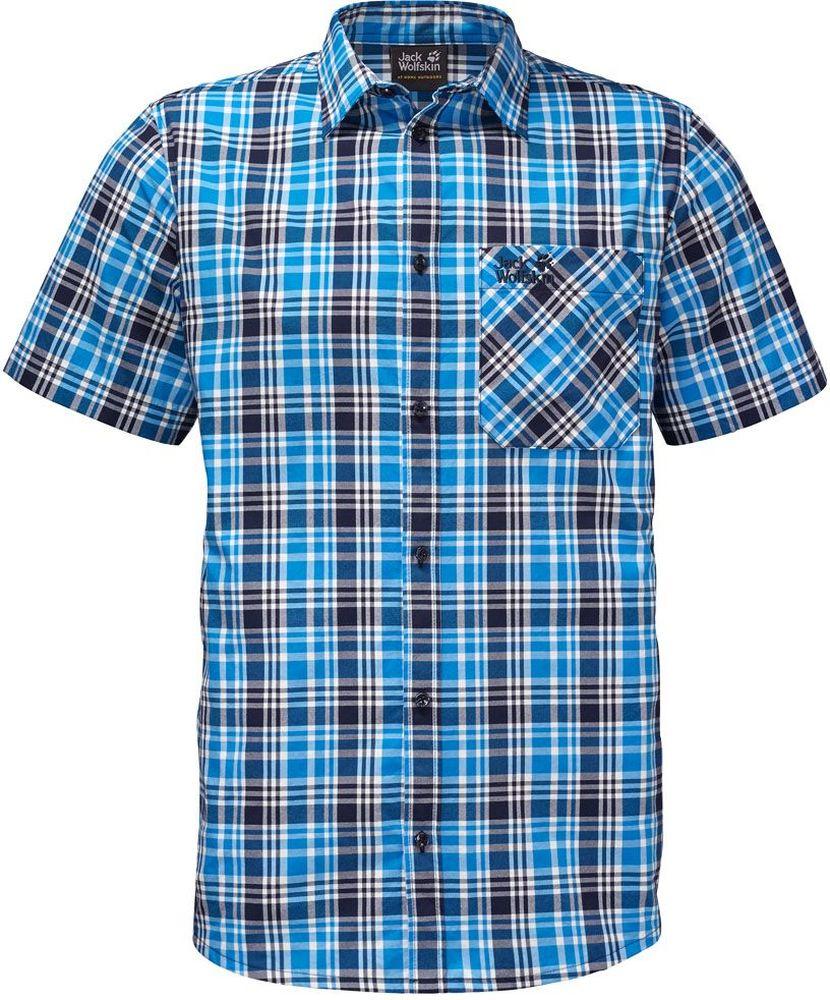 Рубашка мужская Jack Wolfskin Saint Elmos Shirt M, цвет: голубой. 1401582-7630. Размер XXL (54)1401582-7630Рубашка мужская Saint Elmos Shirt M изготовлена из 100% полиамида. Ткань легкая и дышащая, кроме того, она быстро сохнет и обладает защитой от ультрафиолета (UPF 30+). Рубашка застегивается на пуговицы, имеет отложной воротник и короткие стандартные рукава. Спереди расположен накладной нагрудный карман, по бокам имеются вшитые карманы. Модель дополнена принтом в клетку и логотипом бренда. Такая рубашка идеально подходит для путешествий в жаркие страны и отдыха на природе.