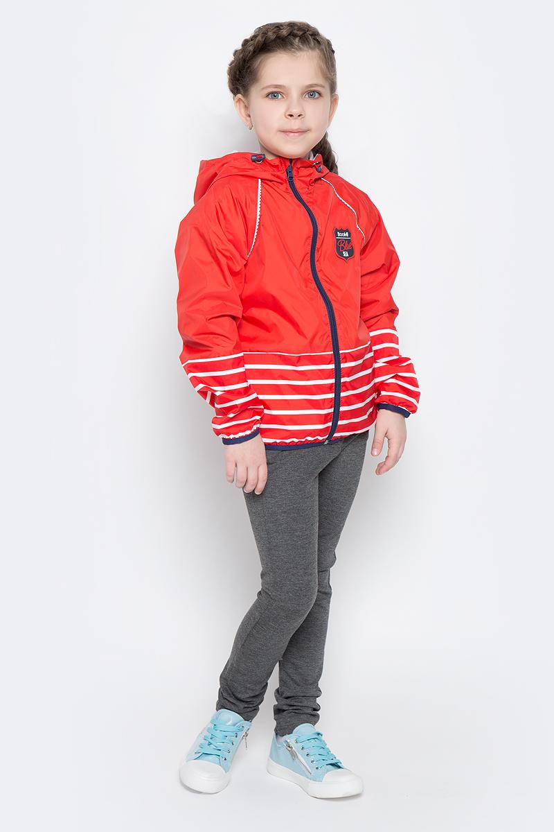 Куртка для девочки Boom!, цвет: красный, белый. 70018_BOG_вар.2. Размер 104, 3-4 года70018_BOG_вар.2аЛегкая куртка для девочки Boom! изготовлена из полиэстера с комбинированной подкладкой из полиэстера и поликоттона. Модель с капюшоном застегивается на молнию. Капюшон дополнен резинкой-утяжкой со стопперами. Нижняя часть куртки и рукавов оформлена принтом в полоску. Спереди у модели расположены два прорезных кармана и оригинальная нашивка. Рукава и низ куртки дополнены тонкими резинками.