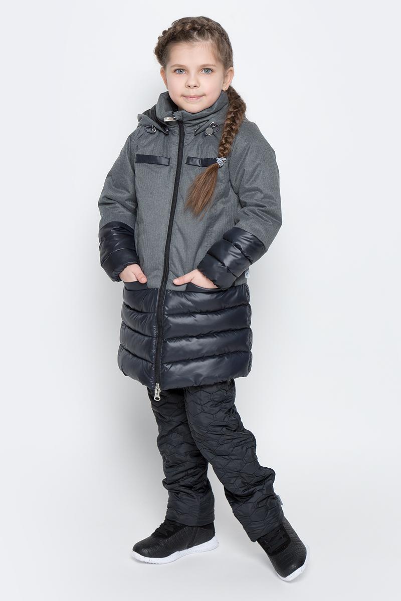 Пальто для девочки Boom!, цвет: серый, черный. 70006_BOG_вар.1. Размер 170, 13-14 лет70006_BOG_вар.1Пальто для девочки Boom! изготовлено из полиэстера, подкладка - из полиэстера с добавлением вискозы, утеплитель Flexy Fiber. Модель застегивается на молнию, спереди имеются два глубоких кармана и две декоративные планки. Съемный капюшон пристегивается на пуговицы. Капюшон оснащен резинкой-утяжкой со стопперами. Рукава снизу собраны на резинки.