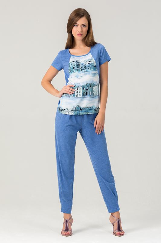 Комплект женский Tesoro: футболка, брюки, цвет: лазурный город. 450К2. Размер 52450К2Оригинальный женский комплект из вискозы для дома, состоящий из футболки и зауженных брюк.