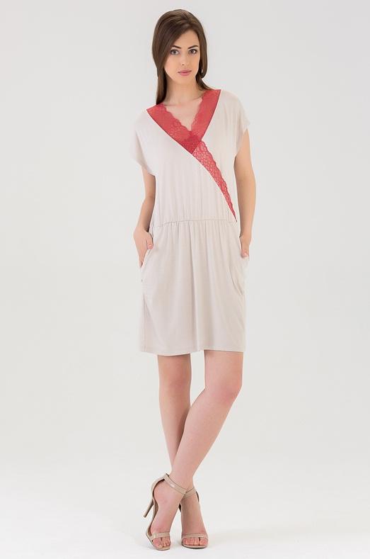 Сорочка женская Tesoro, цвет: сахарный кварц. 439C1. Размер 46439C1Чудесная ночная сорочка из вискозы длиной выше колена. С фиксацией на талии. Украшена кружевом по вырезу груди.