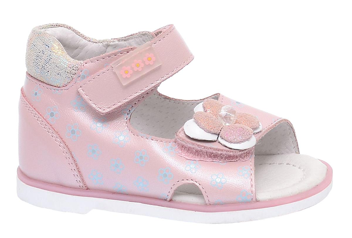 Сандалии для девочки BiKi, цвет: розовый. A-B79-52-B. Размер 21A-B79-52-BОчаровательные сандалии от BiKi придутся по душе вашей маленькой принцессе и идеально подойдут для повседневной носки в летнюю погоду. Модель выполнена из комбинированной кожи. Ремешок на подъеме декорирован прорезиненной нашивкой с цветочным принтом. Передний ремешок украшен аппликацией в виде цветка. Боковая часть модели оформлена цветочным принтом. Полужесткий закрытый задник и ремешки на застежках-липучках надежно зафиксируют модель на стопе. Подкладка и стелька из натуральной кожи позволяют ножкам дышать. Супинатор на стельке обеспечивает правильное положение ноги ребенка при ходьбе, предотвращает плоскостопие. Подошва с рифлением в виде оригинального рисунка гарантирует отличное сцепление с любой поверхностью. Стильные и удобные сандалии - незаменимая вещь в гардеробе каждой девочки!