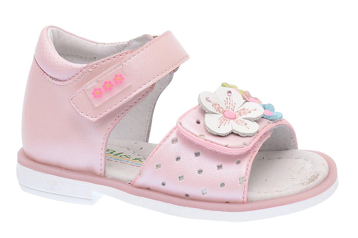 Сандалии для девочки BiKi, цвет: розовый. A-B79-62-B. Размер 25A-B79-62-BОчаровательные сандалии от BiKi придутся по душе вашей маленькой принцессе и идеально подойдут для повседневной носки в летнюю погоду. Модель выполнена из комбинированной кожи. Ремешок на подъеме декорирован прорезиненной нашивкой с цветочным принтом. Передний ремешок украшен оригинальной аппликацией с цветами, оформленной стразами. Полужесткий закрытый задник и ремешки на застежках-липучках надежно зафиксируют модель на стопе. Подкладка и стелька из натуральной кожи позволяют ножкам дышать. Супинатор на стельке обеспечивает правильное положение ноги ребенка при ходьбе, предотвращает плоскостопие. Подошва с рифлением в виде оригинального рисунка гарантирует отличное сцепление с любой поверхностью. Стильные и удобные сандалии - незаменимая вещь в гардеробе каждой девочки!