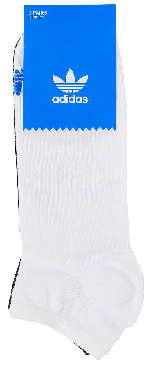 Носки adidas Trefoil Liner, цвет: белый, черный, серый, 3 пары. AB3889. Размер 39/42AB3889Носки adidas Trefoil Liner изготовлены из высококачественного эластичного хлопка с добавлением полиэстера и полиамида. Укороченные носки с укрепленным сводом стопы имеют эластичную резинку, которая надежно фиксирует носки на ноге. В комплект входят 3 пары носков разных цветов.